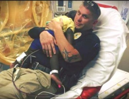 An Abandoned Toddler Finds Comfort in Police Officer